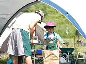 ステップアップキャンプ2011に家族で参加した時の1枚。参加者の目線でイベントを体験してみたいと家族4人で参加。その後のプログラム、スケジュール作成に非常に参考になったとか…