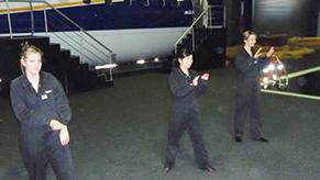 オーストラリアの客室乗務員専門学校、<br /> Aviation Australiaでの訓練シーン