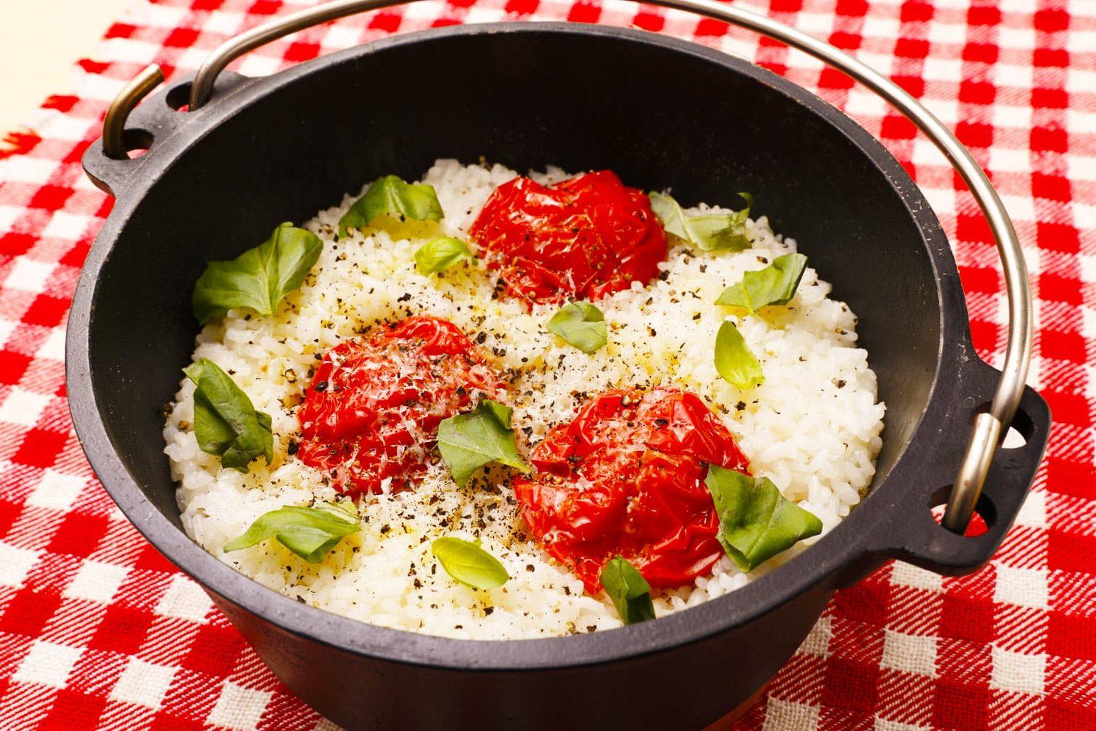 まるごとトマトの炊きこみご飯